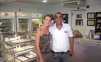 Luana Piovani visita a AdoraDoces